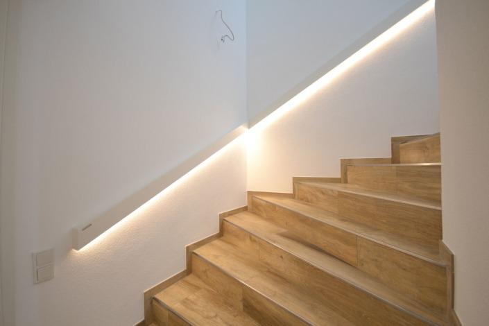 Handlauf LED: Ein bulbaum Produkt ist immer eine qualitativ hochwertige Einzelanfertigung. bulbaum hat die kreative Idee und das perfekte Handwerk für jeden Kundenwunsch.