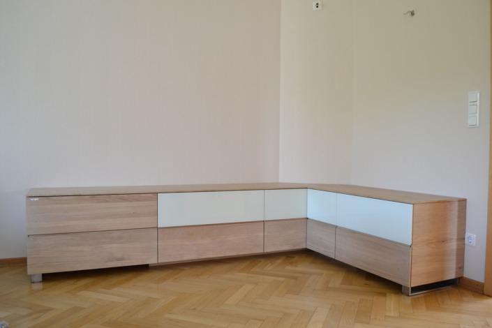 TV Möbel Elegance: Ein bulbaum Produkt ist immer eine qualitativ hochwertige Einzelanfertigung. bulbaum hat die kreative Idee und das perfekte Handwerk für jeden Kundenwunsch.