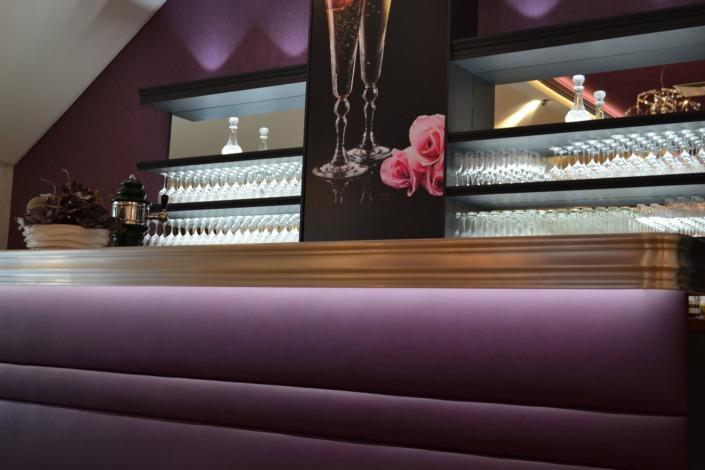 violet: ein bulbaum Produkt ist immer eine qualitativ hochwertige Einzelanfertigung. bulbaum hat die kreative Idee und das perfekte Handwerk für jeden Kundenwunsch.