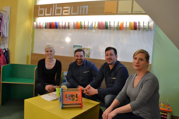 Tocker und Hocker: ein bulbaum Produkt ist immer eine qualitativ hochwertige Einzelanfertigung. bulbaum hat die kreative Idee und das perfekte Handwerk für jeden Kundenwunsch.