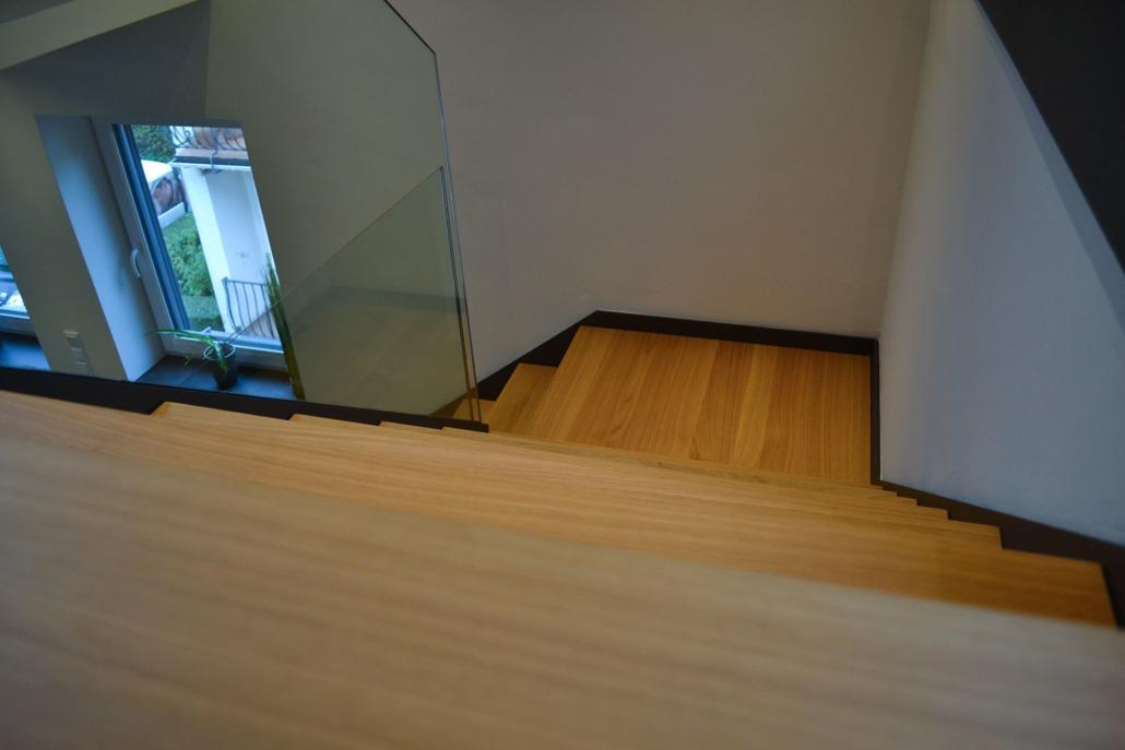 flying steps: hochwertige Einzelanfertigung. bulbaum hat die kreative Idee und das perfekte Handwerk für jeden Kundenwunsch.