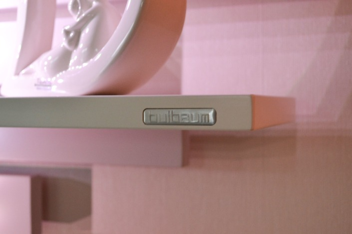 TV Vergnügen: Ein bulbaum Produkt ist immer eine qualitativ hochwertige Einzelanfertigung. bulbaum hat die kreative Idee und das perfekte Handwerk für jeden Kundenwunsch.