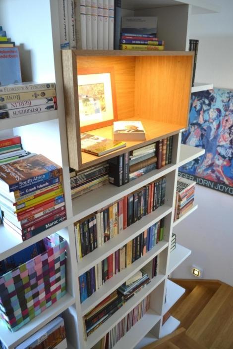 Bücherturm: ein bulbaum Produkt ist immer eine qualitativ hochwertige Einzelanfertigung. bulbaum hat die kreative Idee und das perfekte Handwerk für jeden Kundenwunsch.