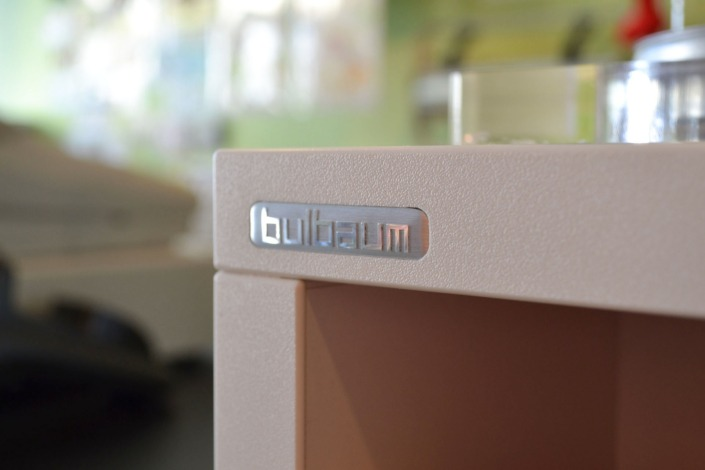Kleiner Luppes: ein bulbaum Produkt ist immer eine qualitativ hochwertige Einzelanfertigung. bulbaum hat die kreative Idee und das perfekte Handwerk für jeden Kundenwunsch.