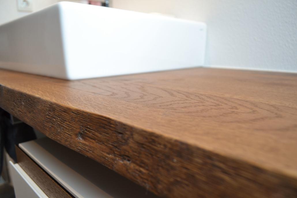 Oak meets white: ein bulbaum Produkt ist immer eine qualitativ hochwertige Einzelanfertigung. bulbaum hat die kreative Idee und das perfekte Handwerk für jeden Kundenwunsch.