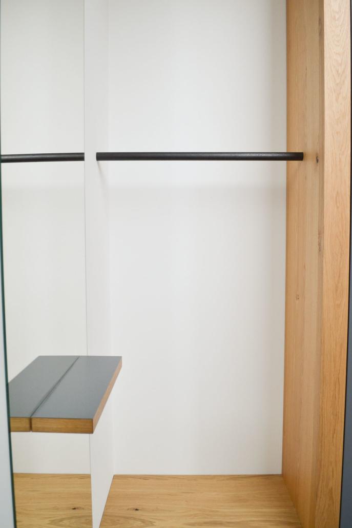 Spieglein an der Wand: ein bulbaum Produkt ist immer eine qualitativ hochwertige Einzelanfertigung. bulbaum hat die kreative Idee und das perfekte Handwerk für jeden Kundenwunsch.