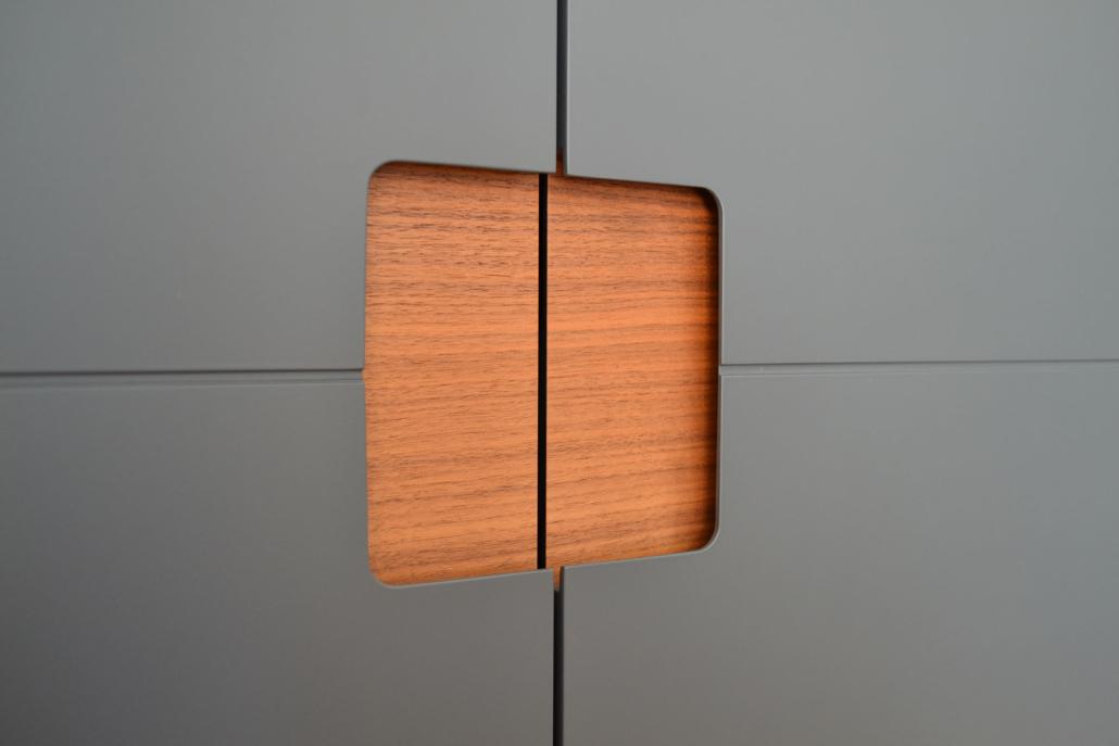 Télévision et noix: Ein bulbaum Produkt ist immer eine qualitativ hochwertige Einzelanfertigung. bulbaum hat die kreative Idee und das perfekte Handwerk für jeden Kundenwunsch.