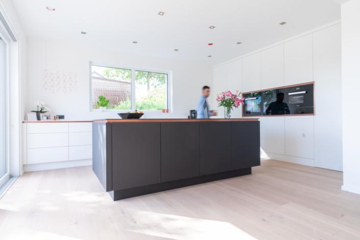 Küche50: Ein bulbaum Produkt ist immer eine qualitativ hochwertige Einzelanfertigung. bulbaum hat die kreative Idee und das perfekte Handwerk für jeden Kundenwunsch. Foto: Thomas Urbany