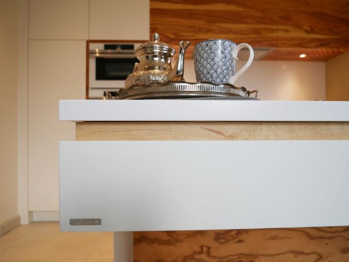 La cucina in oliva: Ein bulbaum Produkt ist immer eine qualitativ hochwertige Einzelanfertigung. bulbaum hat die kreative Idee und das perfekte Handwerk für jeden Kundenwunsch.