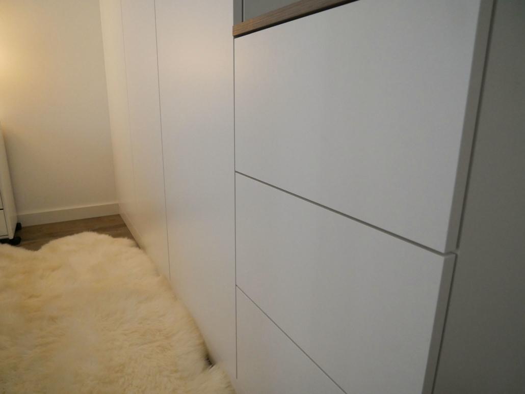 il guardaroba bianco: Ein bulbaum Produkt ist immer eine qualitativ hochwertige Einzelanfertigung. bulbaum hat die kreative Idee und das perfekte Handwerk für jeden Kundenwunsch.